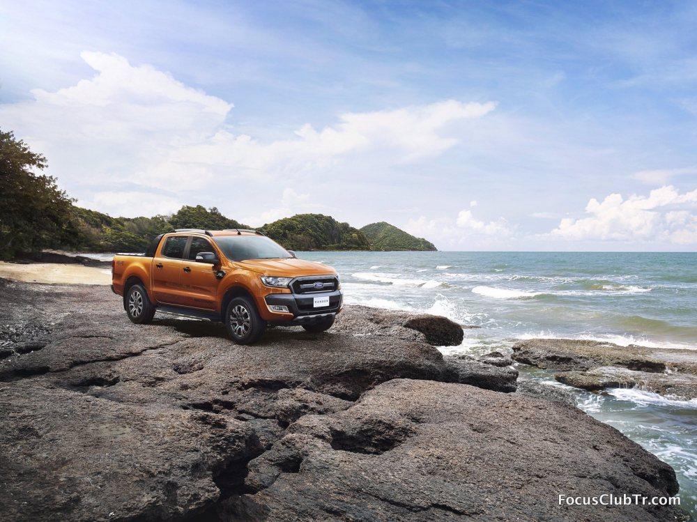 Ford2015_IAA_RangerWildtrak_001.thumb.jp