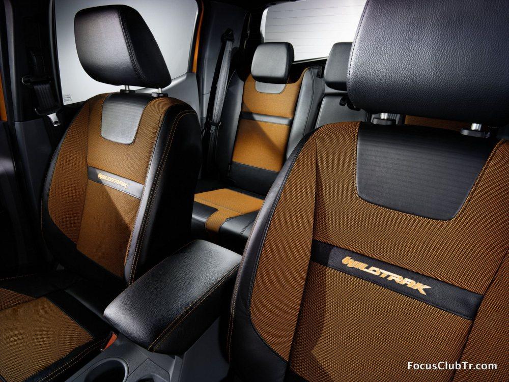 Ford2015_IAA_RangerWildtrak_Seats_01.thu