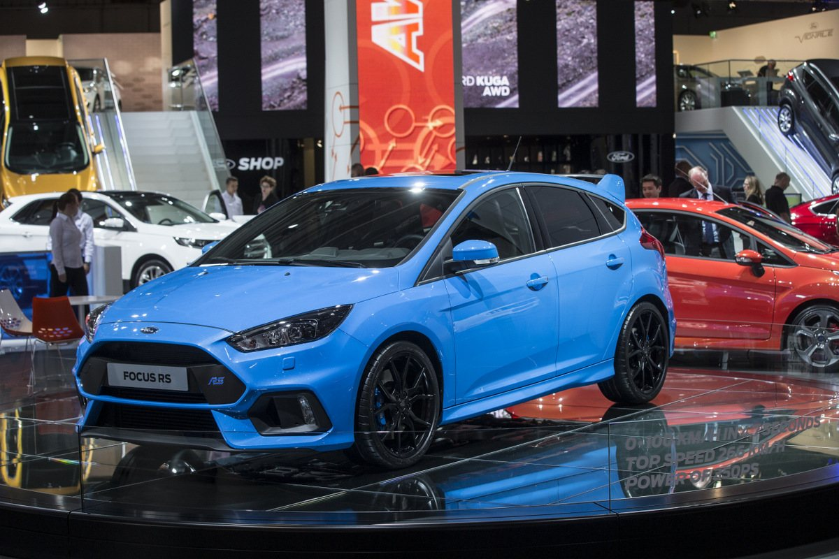 ford focus shop