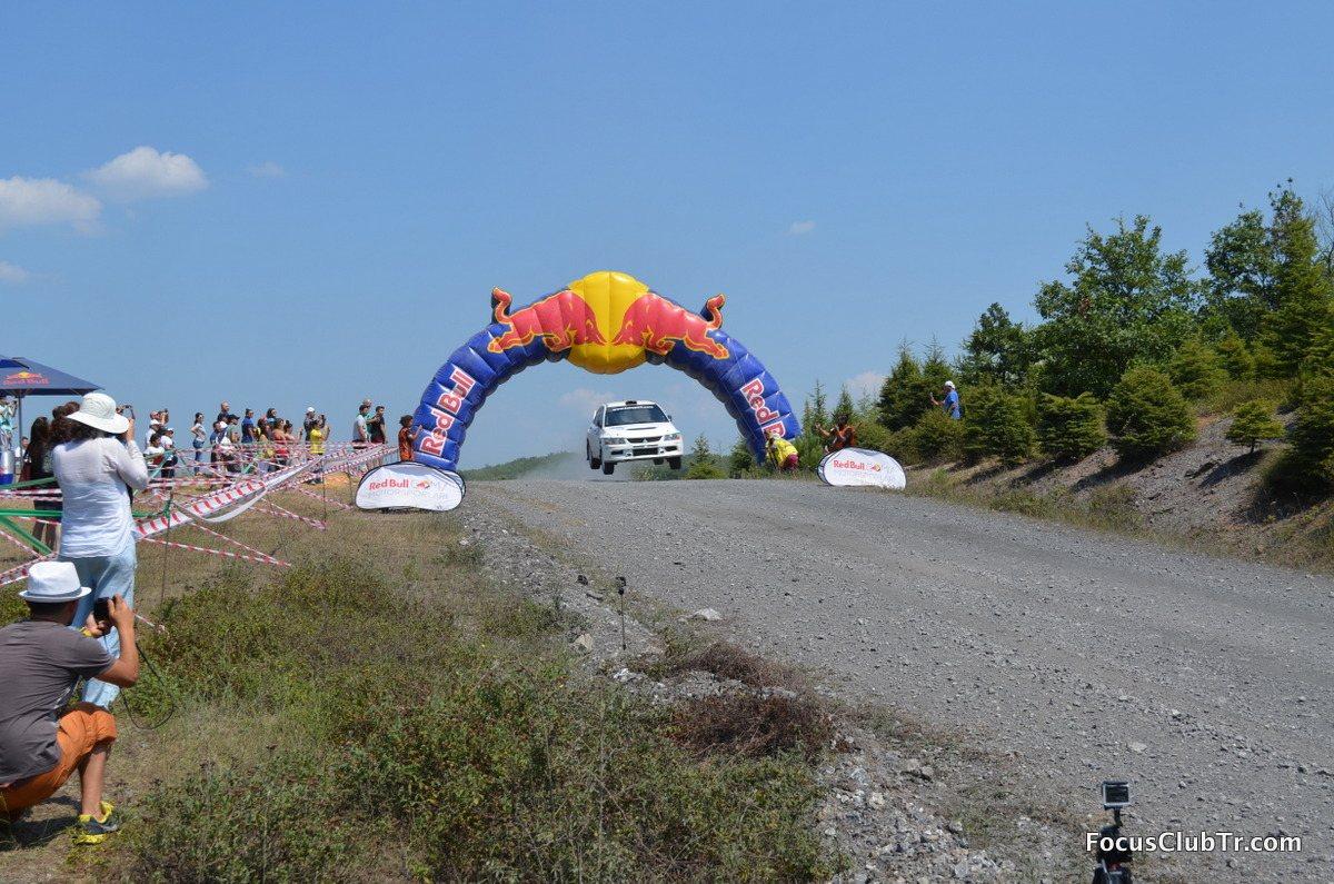 Bosphorus Rally Turkey 2015-5.jpg