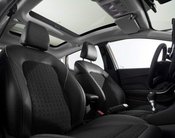 2017 Ford Fiesta 25.jpg