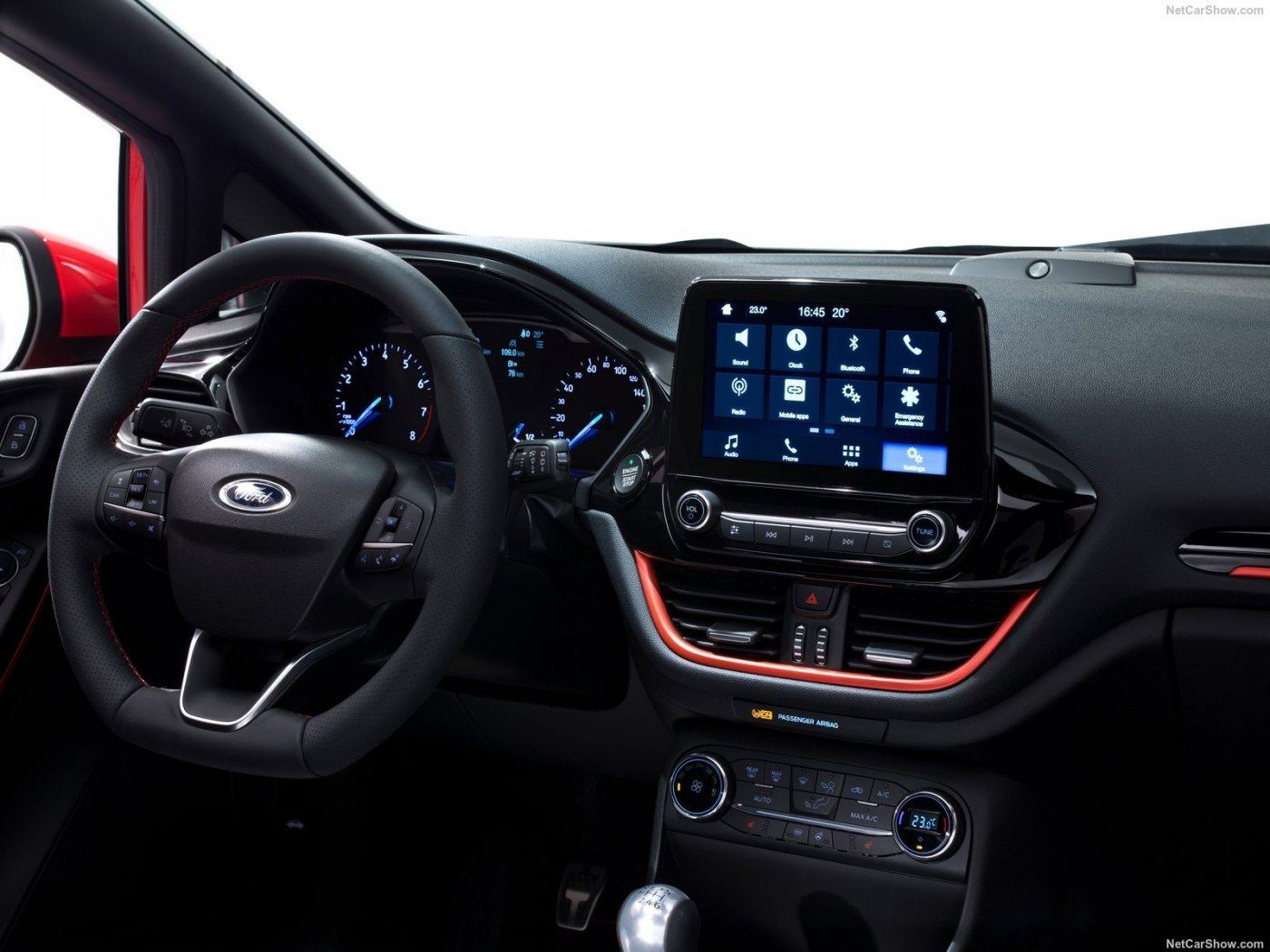 Ford-Fiesta-2017-1600-07.jpg