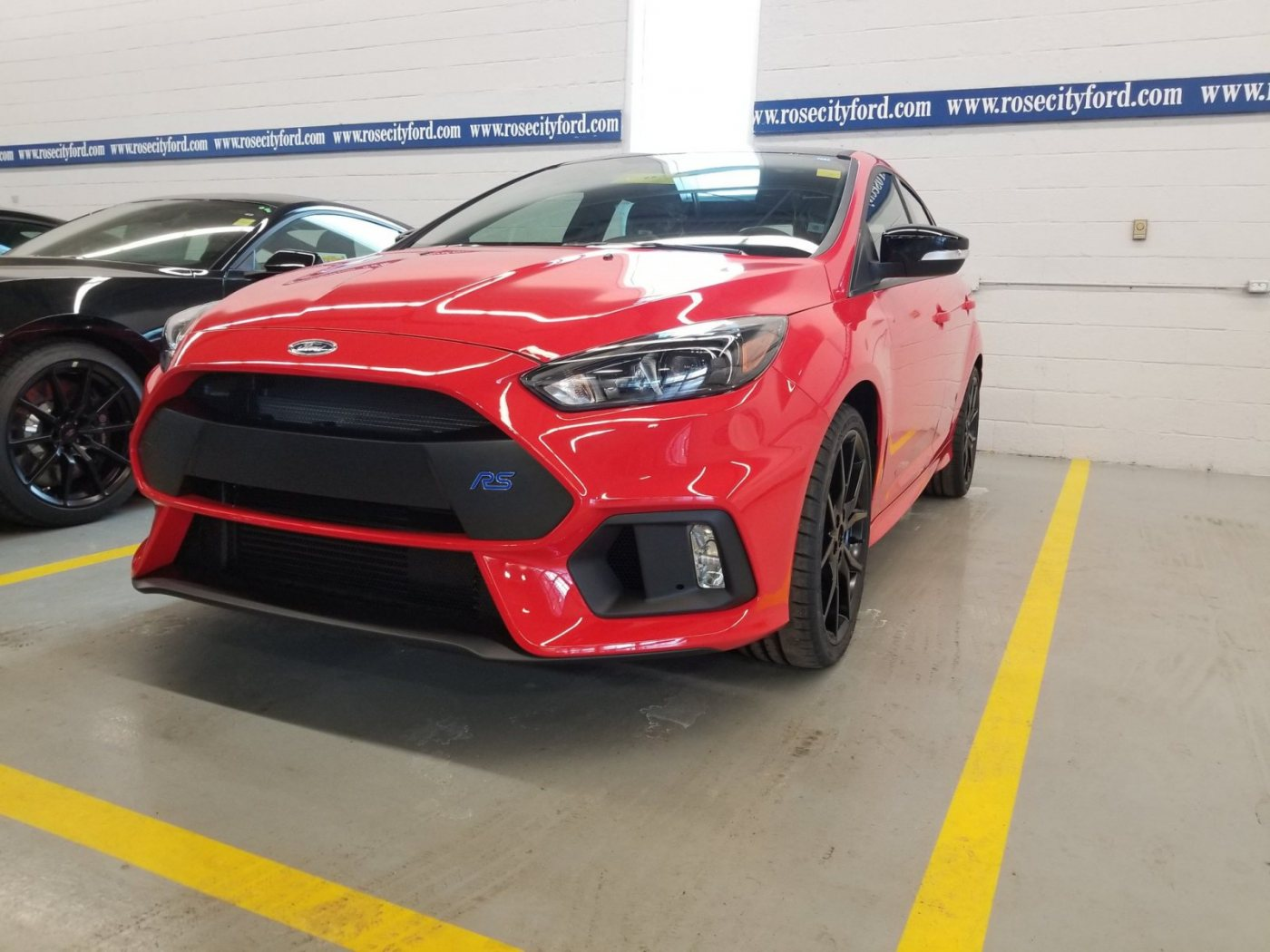 Focus Rs Red Limited3.jpeg