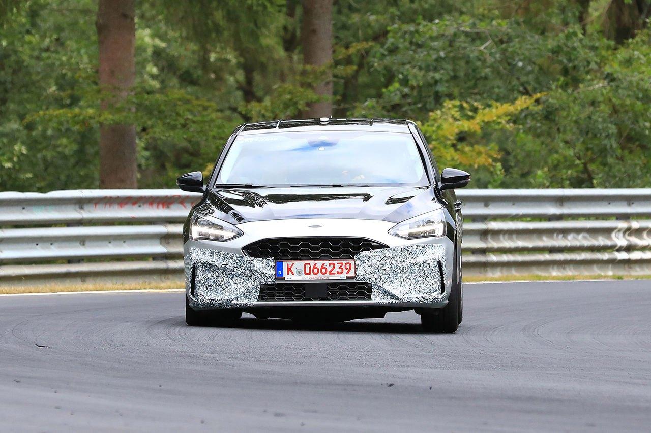 2019 Ford Focus Mk4 ST Spy1.jpg