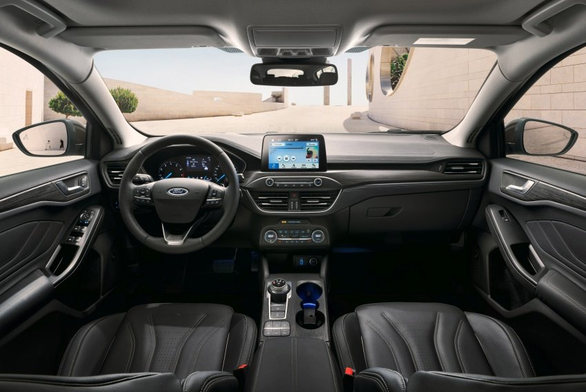 2019-Ford-Focus-Mk4-hatch-Vignale-14-850x569.jpg.359d2bddbc9926758d92f7e7b5afee4b.jpg