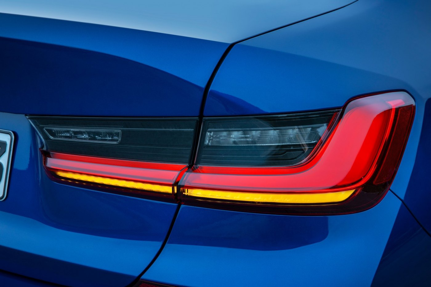 P90323691_highRes_the-all-new-bmw-3-se.jpg