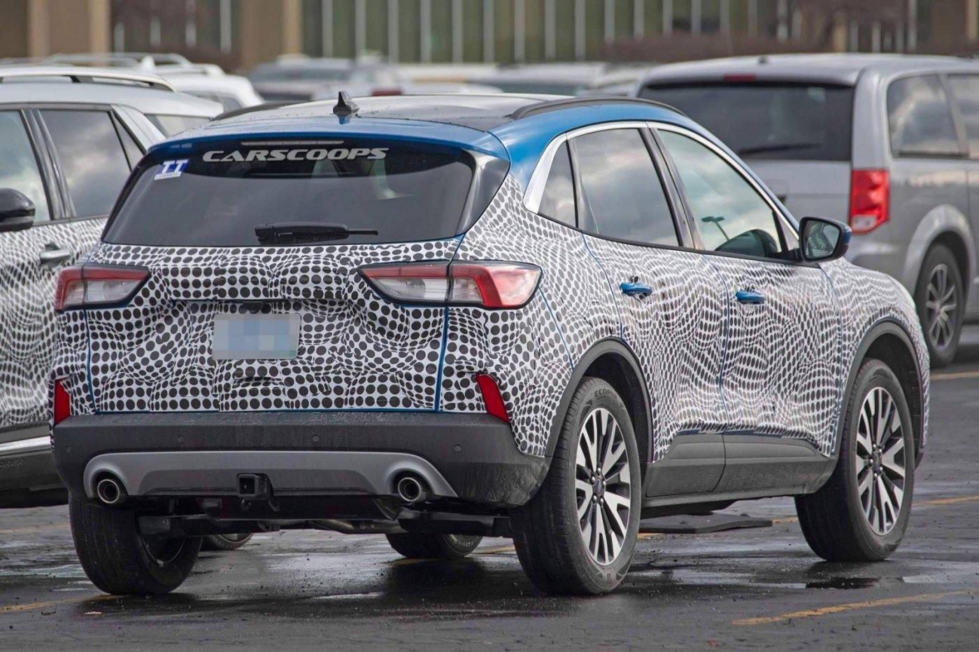 2019 Ford Escape:Kuga_7.jpg