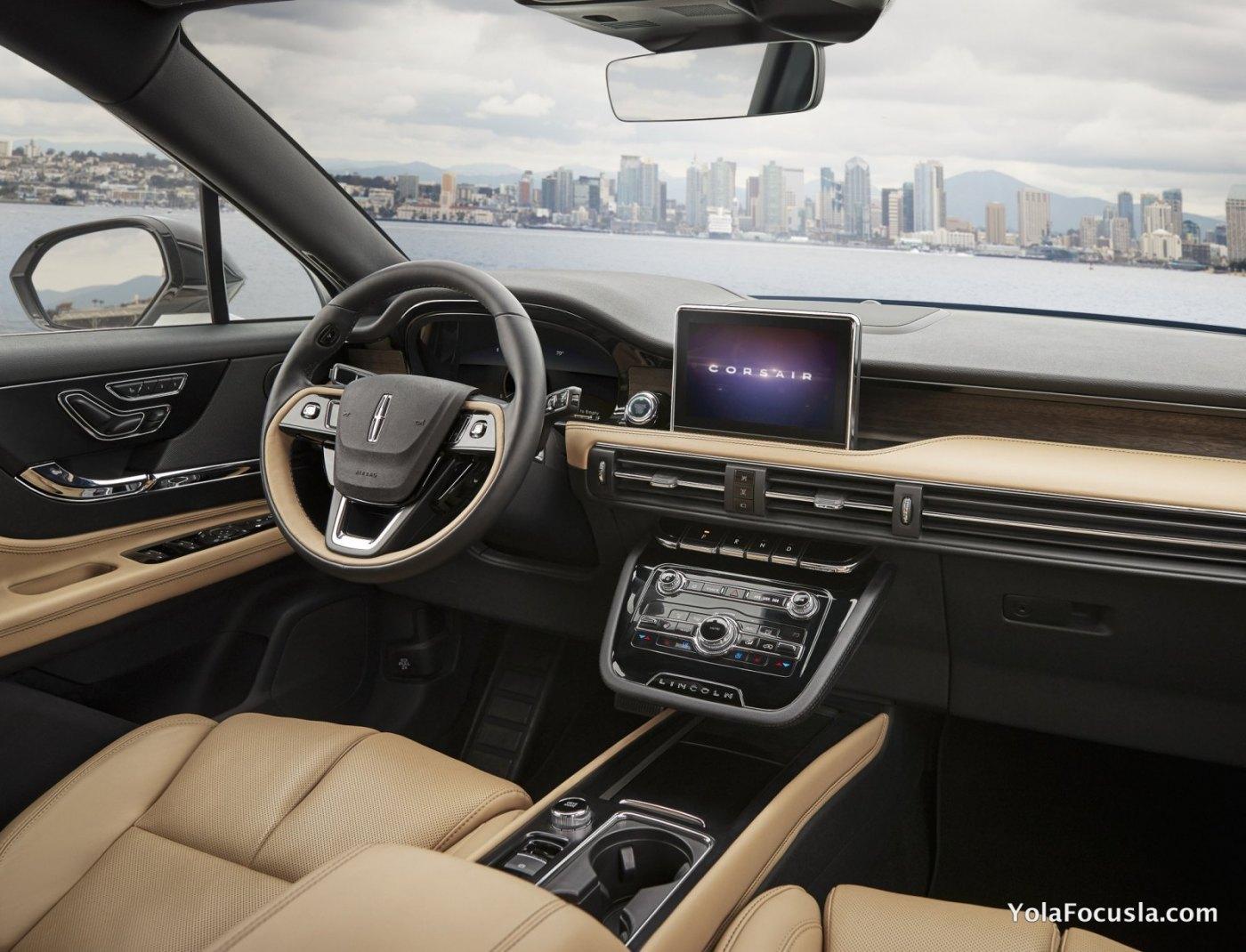 2020 Lincoln Corsair_8.jpg